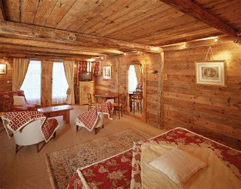 chambre style chalet de montagne deco chambre chalet montagne le coin repas design