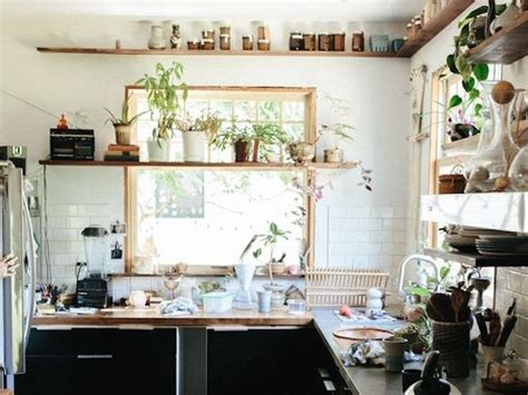 peinture grise pour cuisine tendance deco cuisine source remodelista tendance deco cuisine meuble en contreplaqu peinture