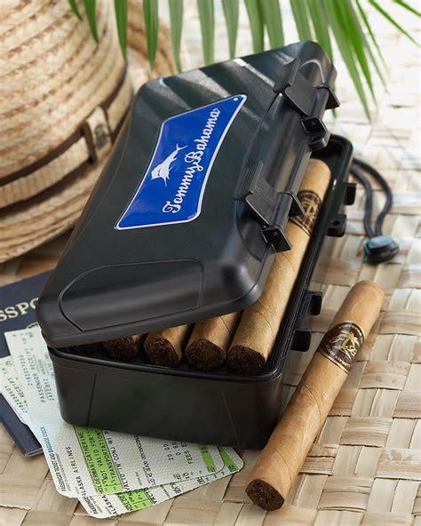 best travel accessories best 25 travel humidor ideas on cigar
