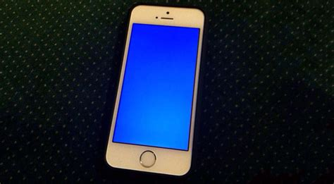 delicious irony iphone 5s and ios 7 plagued by blue