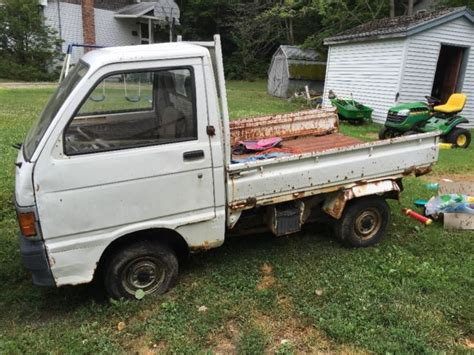 Daihatsu Mini Trucks by Daihatsu Other 1980 White For Sale 1da000s8100300408 2