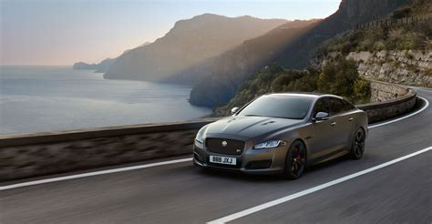 jaguar  reportedly follow electric xj  gas powered