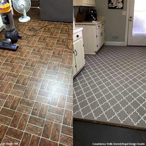 painting vinyl kitchen floors paint vinyl linoleum with floor stencils 8 diy decor 4073