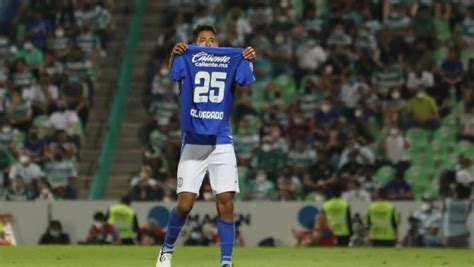 Luis Romo se viste de héroe y le dedica gol a Alvarado