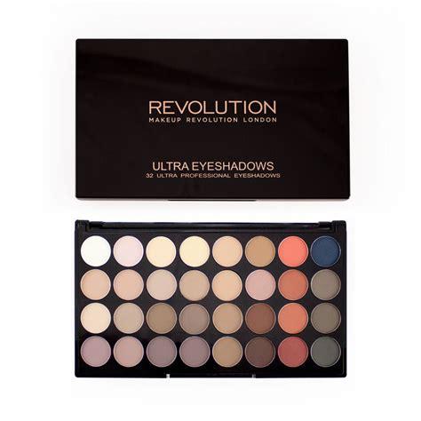 Makeup Revolution paleta sjenila  Ultra 32 Eyeshadow