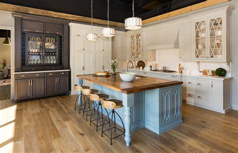love    homeminnesota cabinets kitchen display   home garden show