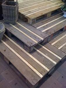 10 diy projects from upcycled wooden pallets monday diy With pallet patio floor