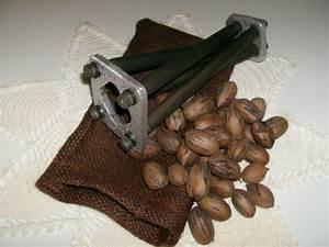 Nutcracker Nut Cracker Tool Pecan Sheller English Walnut