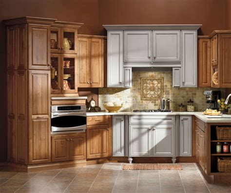 maple kitchen cabinets kemper cabinets