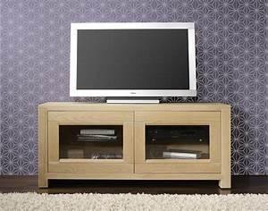Meuble Tv En Chene Massif : meuble tv 2 portes vitr es loann en ch ne massif de style ~ Teatrodelosmanantiales.com Idées de Décoration