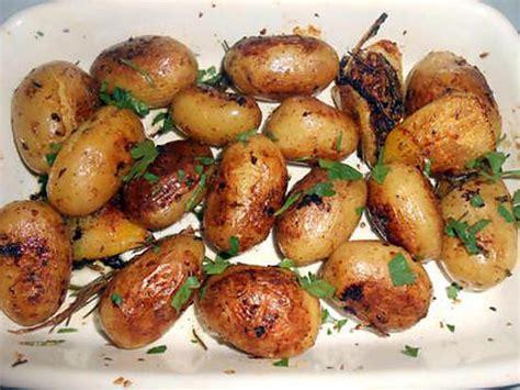 recette de pommes de terre au four citron et herbes