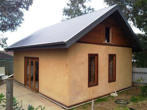 Haus Aus Strohballen by Straw Bale Huff N Puff Strawbale Constructions