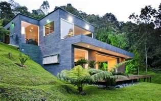 hillside floor plans small modern hillside house plans with attractive design modern house design