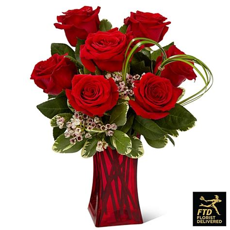 ftd rush  romance red rose bouquet