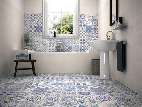 bagni con piastrelle 40 idee per un bagno e bianco design e abbinamento