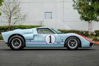 Ford v ferrari delivers real cinema meat and potatoes. Ford GT Photos, Pictures (Pics), Wallpapers | Top Speed