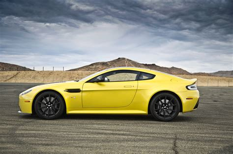 2015 Aston Martin V12 Vantage S Side Photo 19