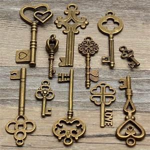 Alte Schlüssel Deko : die besten 25 vintage schl ssel tattoos ideen auf pinterest skelettschl ssel t towierung ~ Orissabook.com Haus und Dekorationen