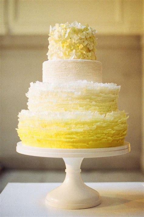 gorgeous beautiful wedding cake ideas deer pearl flowers