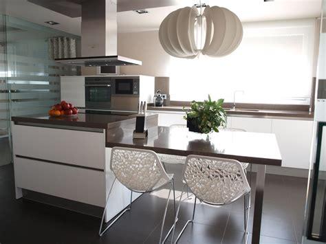 cocina moderna  isla arnit