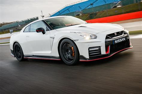 Nissan Gt-r Nismo (2017) Review