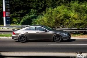 Mercedes 55 Amg : mercedes benz cls 55 amg 8 january 2017 autogespot ~ Medecine-chirurgie-esthetiques.com Avis de Voitures