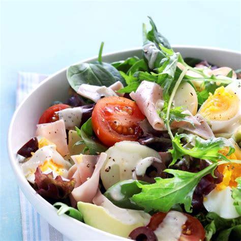 comment decorer une salade composee comment faire une salade composee sedgu