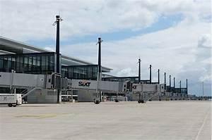 Aeroport De Berlin : l ouverture partielle de l a roport de berlin toujours incertaine vivre berlin ~ Medecine-chirurgie-esthetiques.com Avis de Voitures