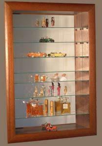 Vitrine En Verre Pour Collection : vitrine collection 44 n 1 de la vitrine murale tanche pour miniatures de collection fragiles ~ Teatrodelosmanantiales.com Idées de Décoration