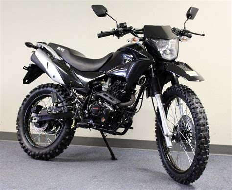 250 Dirt Bike, Enduro 5-speed, Street Legal