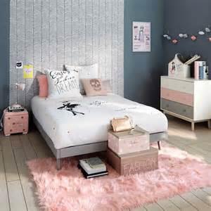 ambiance rose pastel pour une chambre d ado