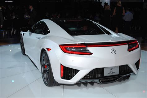 acura nsx retail first acura nsx sells for 1 2 million at barrett jackson