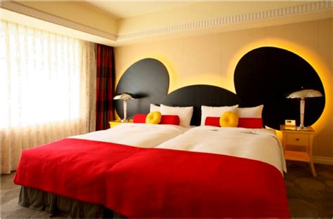 Mickey Mouse Bed by Mickey Mouse Decorating On A Cheapskate Princess Budget