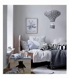 Abat Jour Chambre : abat jour suspension lanterne chambre enfant en papier rose ~ Teatrodelosmanantiales.com Idées de Décoration