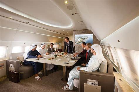 cuisine falcon emirates executive meeting area