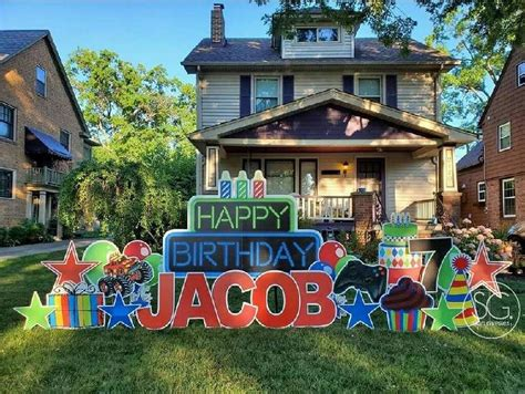 The story behind those elaborate yard signs during COVID ...