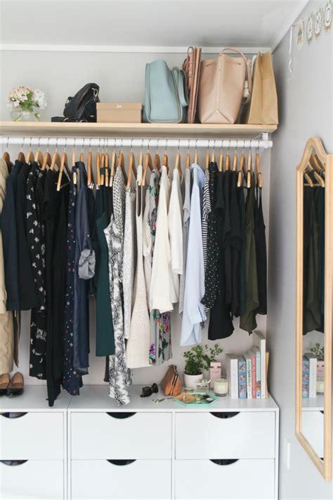 chic  modern open closet ideas  displaying