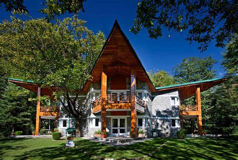 stay   resort  manali   open air spa