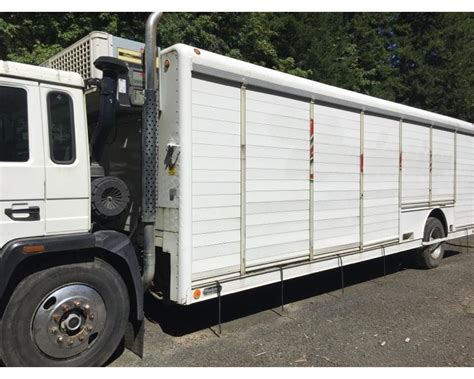 volvo delivery truck refrigerated truck  sale