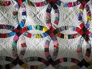 double wedding ring quilt traditional gift idea wedding With double wedding ring quilt