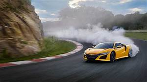 2020 Acura NSX Indy Yellow Pearl 5 of 19 | Motor1.com Photos