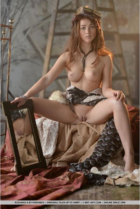 Ruzanna Cosplay Beauty Met Art