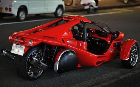 The Campagna T-rex Is A Two-seat, Three-wheeled Cyclecar