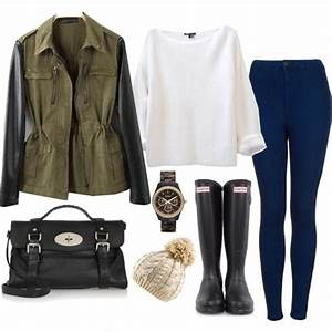Winter Outfit with High Waisted Jeans | Dark Jeans, Black ...