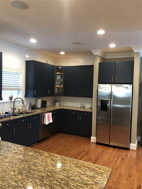 hale navy flat panel kitchen cabinets  cabinet girls