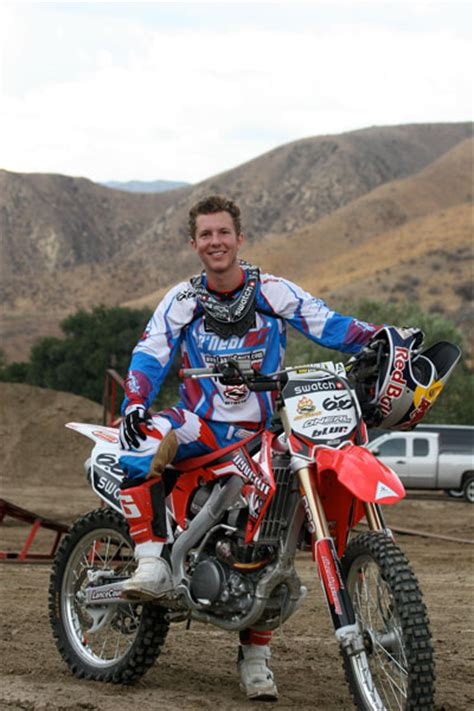 freestyle motocross riders freestyle motocross rider lance coury teams up with k n