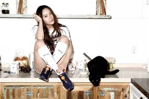 F(x) Member Krystal Models Sporty Style For