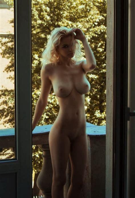 What S The Name Of This Porn Star Julia Logacheva