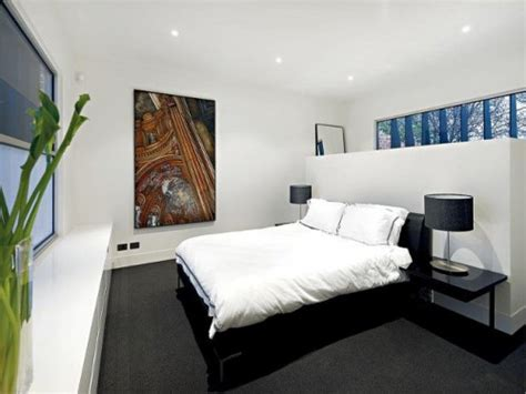 house  industrial exterior  minimalist interior shelterness