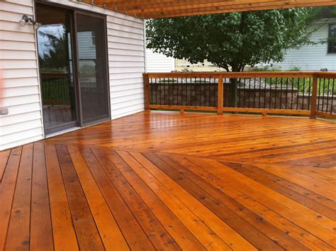 wood deck stain
